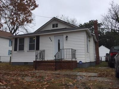 Norfolk Single Family Home New Listing: 822 Pecan Point Rd