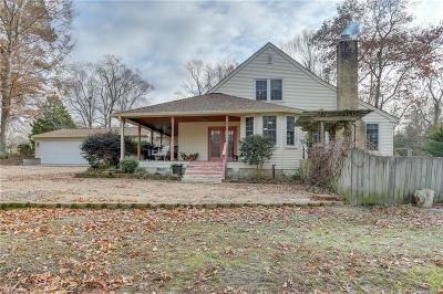 Suffolk Single Family Home New Listing: 152 Kingsdale Rd