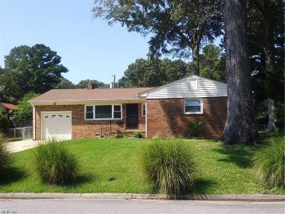 Virginia Beach Single Family Home New Listing: 821 Gloria Pl