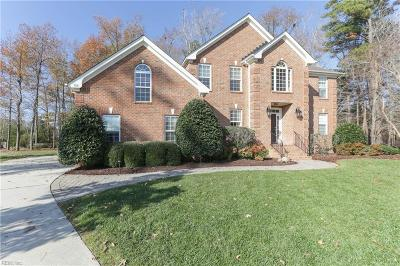 Chesapeake Single Family Home New Listing: 700 Delaura Ct