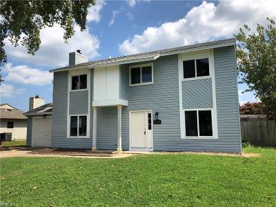 Virginia Beach Single Family Home New Listing: 5121 Holly Farms Dr