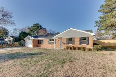 Chesapeake Single Family Home New Listing: 1229 Sir Galahad Dr