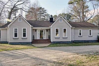 Yorktown Single Family Home New Listing: 100 York Ln