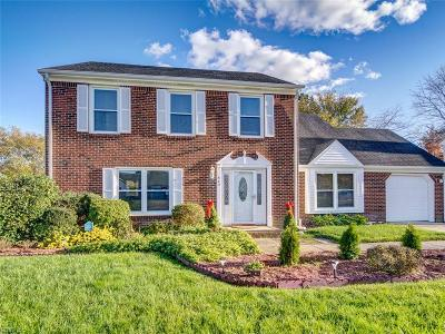 Chesapeake Single Family Home New Listing: 625 Helmsdale Way