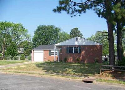 Hampton Single Family Home New Listing: 3 Purdue Ct