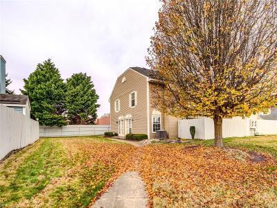 Chesapeake Single Family Home New Listing: 628 Ridge Cir