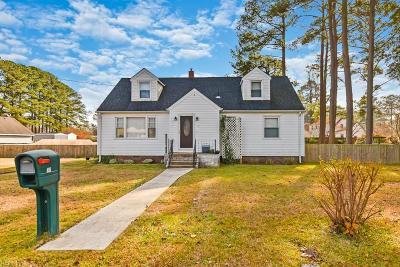 Portsmouth Single Family Home New Listing: 17 Sunset Ln #Ln
