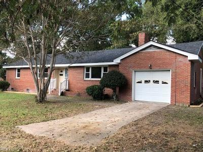 Chesapeake Single Family Home New Listing: 1703 Landsworth St