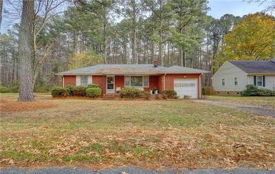 Chesapeake Single Family Home New Listing: 2537 W Bugle Dr