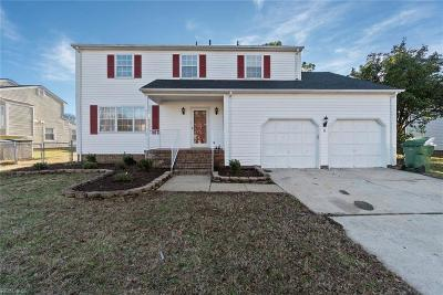 Hampton Single Family Home New Listing: 8 Zilber Ct