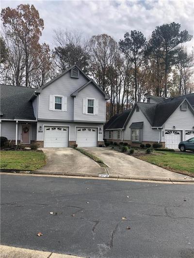 Chesapeake Single Family Home New Listing: 1317 Eagles Trace Path #E
