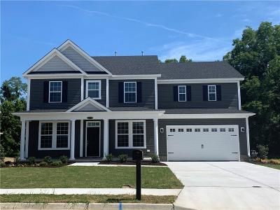 Suffolk Single Family Home Under Contract: 9013 Hillpoint Blvd