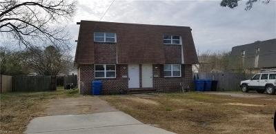 Virginia Beach Multi Family Home For Sale: 119 Bob Ln
