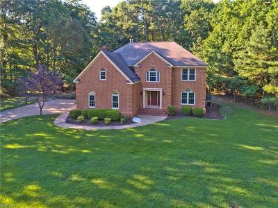 Hampton Residential For Sale: 8 Oldenburg Ln