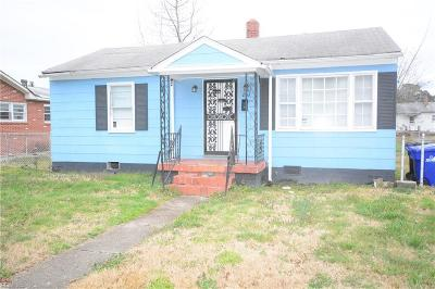 Portsmouth Residential For Sale: 207 Ivey St