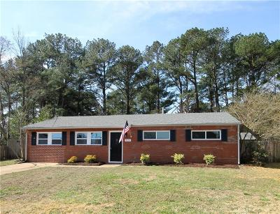 Chesapeake Residential Under Contract: 4006 Ahoy Ct