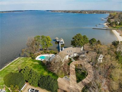 Newport News Residential For Sale: 74 James River Ln