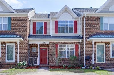 Chesapeake Residential New Listing: 604 S Lake Cir