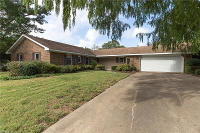 Virginia Beach Residential New Listing: 709 Earl Of Chesterfield Ct