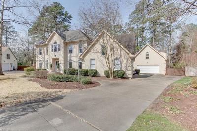 Chesapeake Residential New Listing: 304 Honey Locust Way