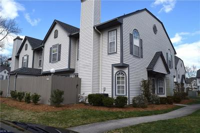 Virginia Beach Residential New Listing: 4532 Shallowford Cir