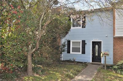 Virginia Beach Residential New Listing: 715 Tilden Pl