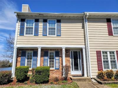 Residential Sold: 900 Spinnaker Ct