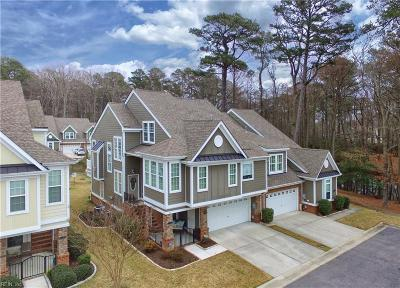Virginia Beach Residential New Listing: 1204 Topiary Pl