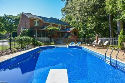 Virginia Beach Residential New Listing: 832 Bishopsgate Ln