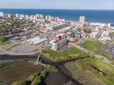 Virginia Beach Residential New Listing: 2950 Baltic Ave #403