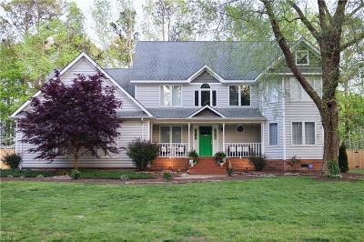 Virginia Beach Residential New Listing: 2502 Entrada Dr