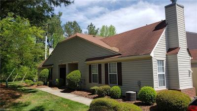 Chesapeake Residential New Listing: 4630 Old Fox Trl #31