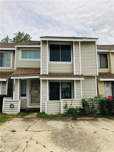 Virginia Beach Residential New Listing: 3625 Chimney Creek Dr