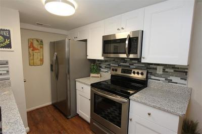 Virginia Beach Residential New Listing: 5748 Morningside Ct