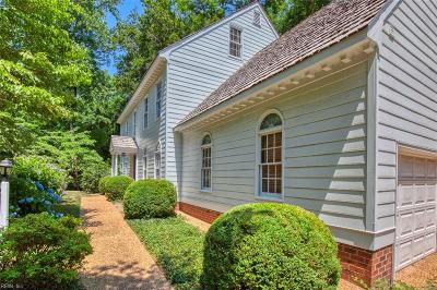 Williamsburg Residential For Sale: 103 Woodmere Dr