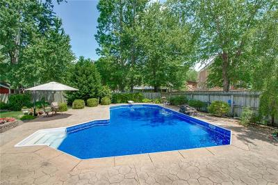 Chesapeake Residential For Sale: 701 Wentworth Dr