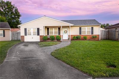 Virginia Beach Residential New Listing: 5109 Elton Ct