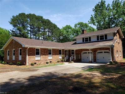 Virginia Beach Residential New Listing: 4173 N Witchduck Rd