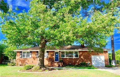 Norfolk Residential New Listing: 130 Kimberly Ln