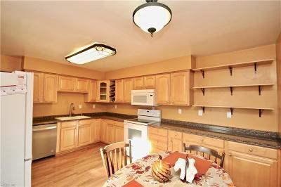 Virginia Beach Residential New Listing: 3980 Topaz Ln
