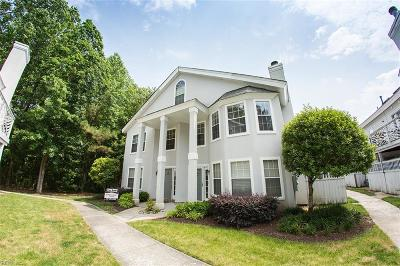 Chesapeake Residential New Listing: 547 Seahorse Rn