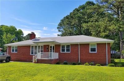 Virginia Beach Residential New Listing: 5152 Amberly Rd