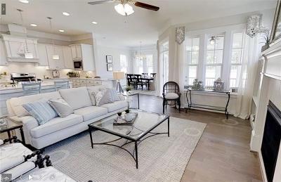 Chesapeake Residential For Sale: 1020 Fox Trl