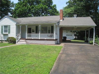 Newport News Residential New Listing: 52 Greenwood Rd