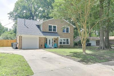 Hampton Residential New Listing: 1042 Clipper Dr
