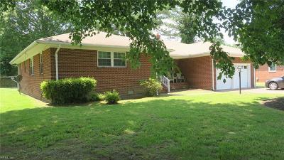 Hampton Residential New Listing: 38 Suburban Pw