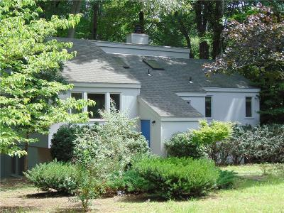 Kingspoint Residential For Sale: 102 Cedar Ct