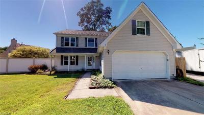 Hampton Residential New Listing: 8 Draper Cir