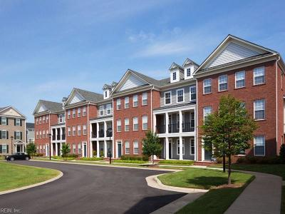 Hampton Residential Under Contract: 501 Waterside Dr Dr #110