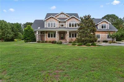 Hampton Residential For Sale: 107 Creekview Ln